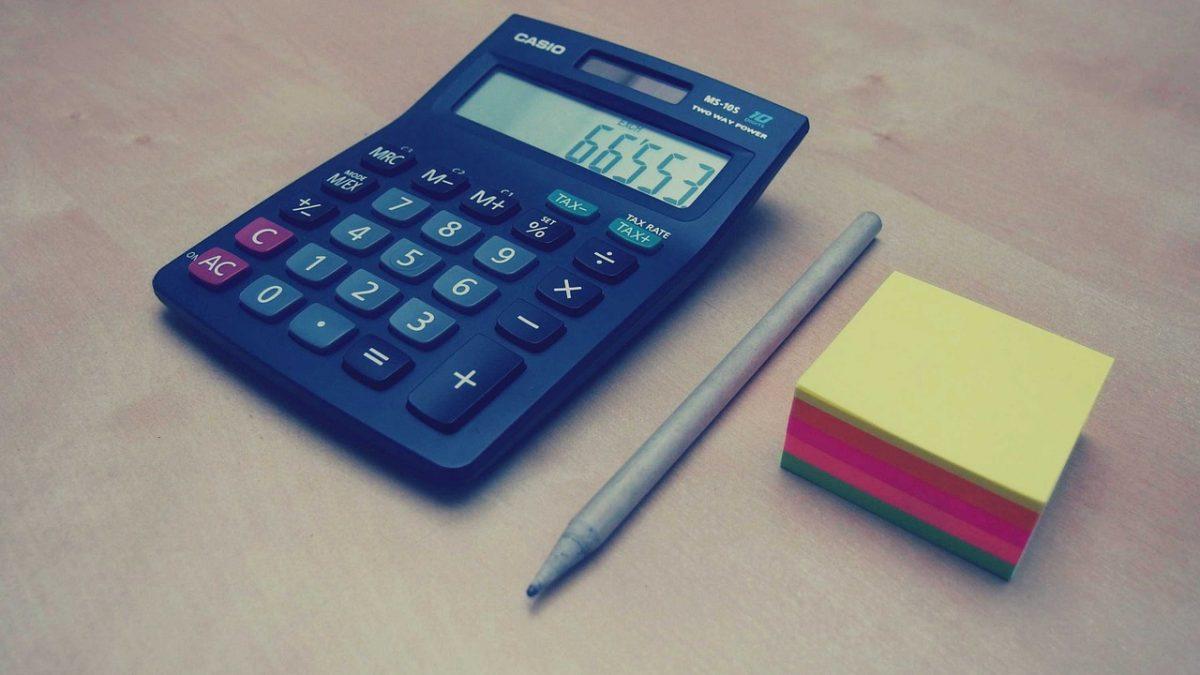 עט וכלי חישוב